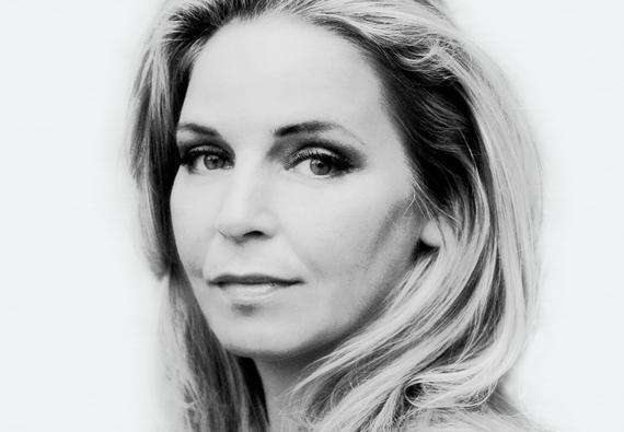 Esther-Verhoef